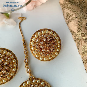 Source of Light, Earrings + Tikka - THE KUNDAN SHOP