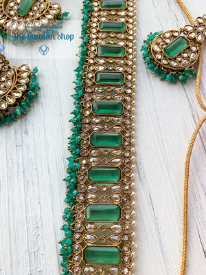 Poised in Spring Green Necklace Sets THE KUNDAN SHOP