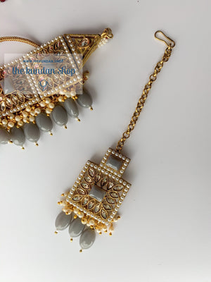 Right Angles in Grey Necklace Sets THE KUNDAN SHOP