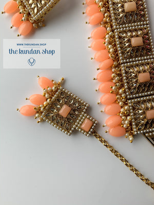 Right Angles in Peach Necklace Sets THE KUNDAN SHOP