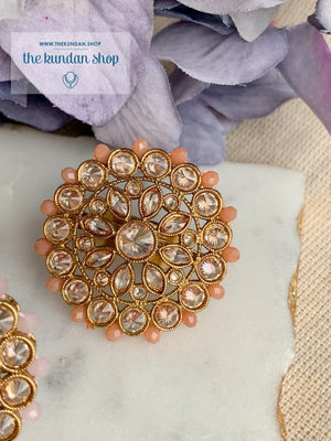 Teardrop Petals Ring Ring THE KUNDAN SHOP