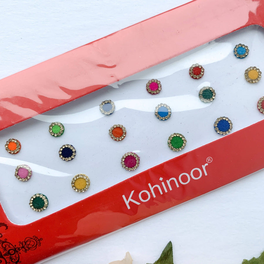 18 PC Gold Rhinestone Bindi, Bindis - THE KUNDAN SHOP