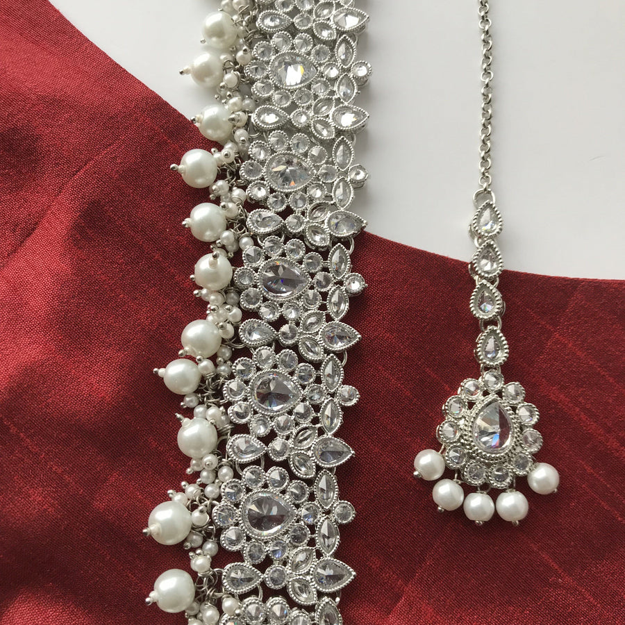 Razzle in Silver, Necklace Sets - THE KUNDAN SHOP