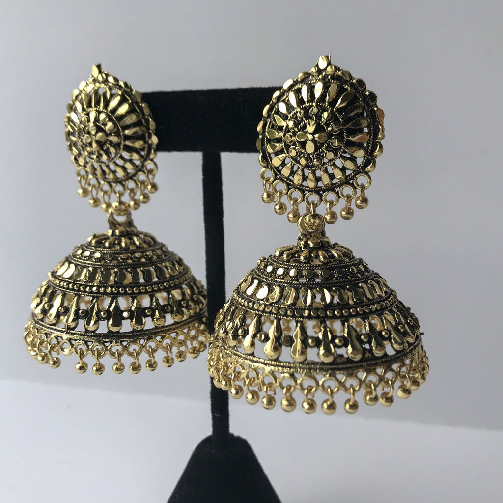 Aged Oversized Shiny Jumki, Earrings + Tikka - THE KUNDAN SHOP