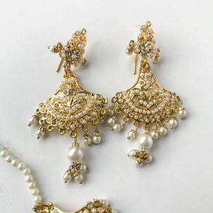 Stay Traditional, Necklace Sets - THE KUNDAN SHOP
