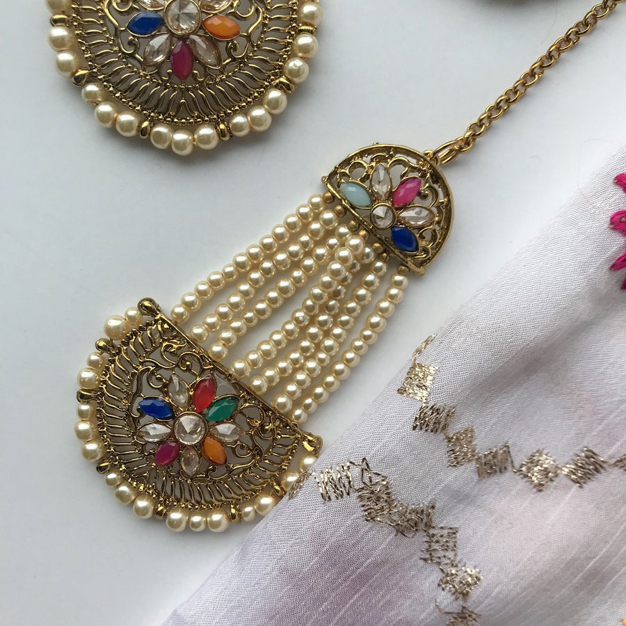 Hung by Pearls, Earrings + Tikka - THE KUNDAN SHOP