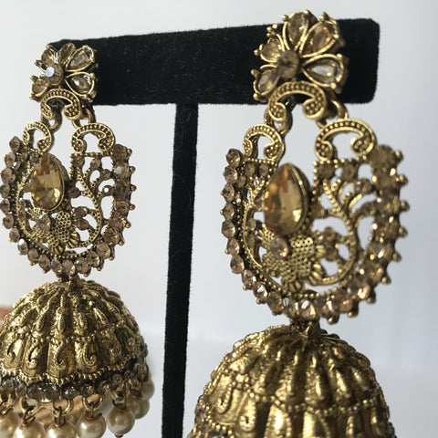 Underrated Jumka, Earrings + Tikka - THE KUNDAN SHOP