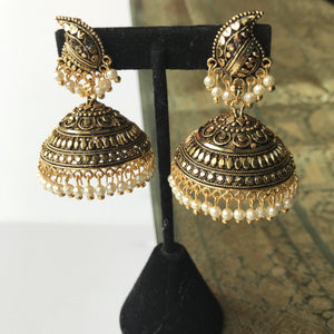 Aged Gold Jumka, Earrings + Tikka - THE KUNDAN SHOP