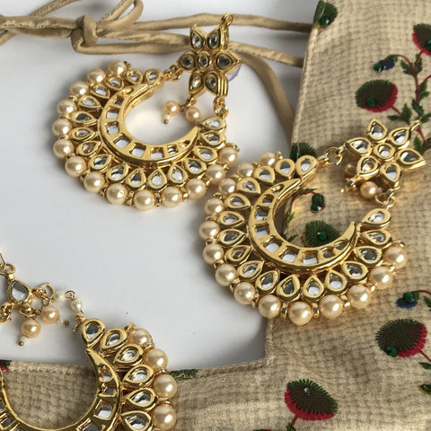 Touch of Pearl, Earrings + Tikka - THE KUNDAN SHOP