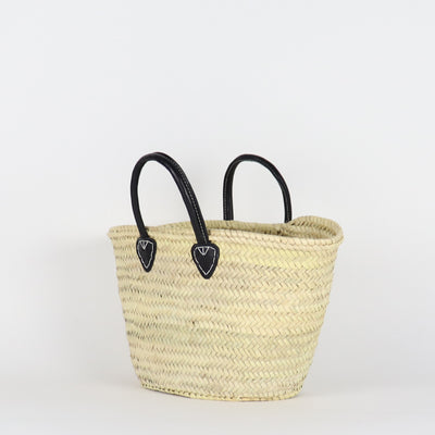 from the side this is our Medium size of Santiago Market bag with vegetable tanned leather in black