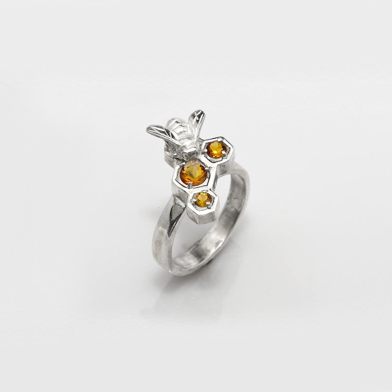 Large Honey Bee Ring