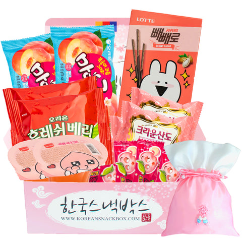 Whats inside the Cherry Blossom Korean snack box?