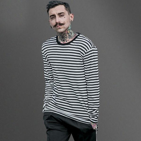 Long-sleeve B&W Striped Tee