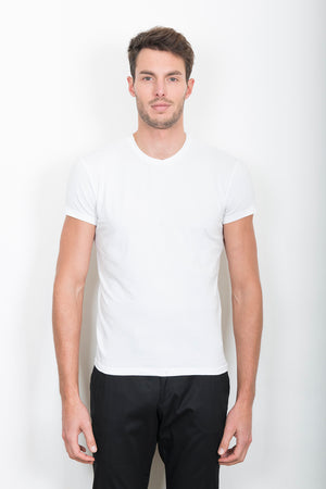 Sébastien Blondin haut top tee-shirt pinces darts dos back detail blanc white sport sportswear chic été summer coton cotton maille knitwear créateur designer nouveau new basique basic mode fashion homme man men men's world
