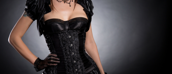 black_gothic_corsets_the_corset_lady