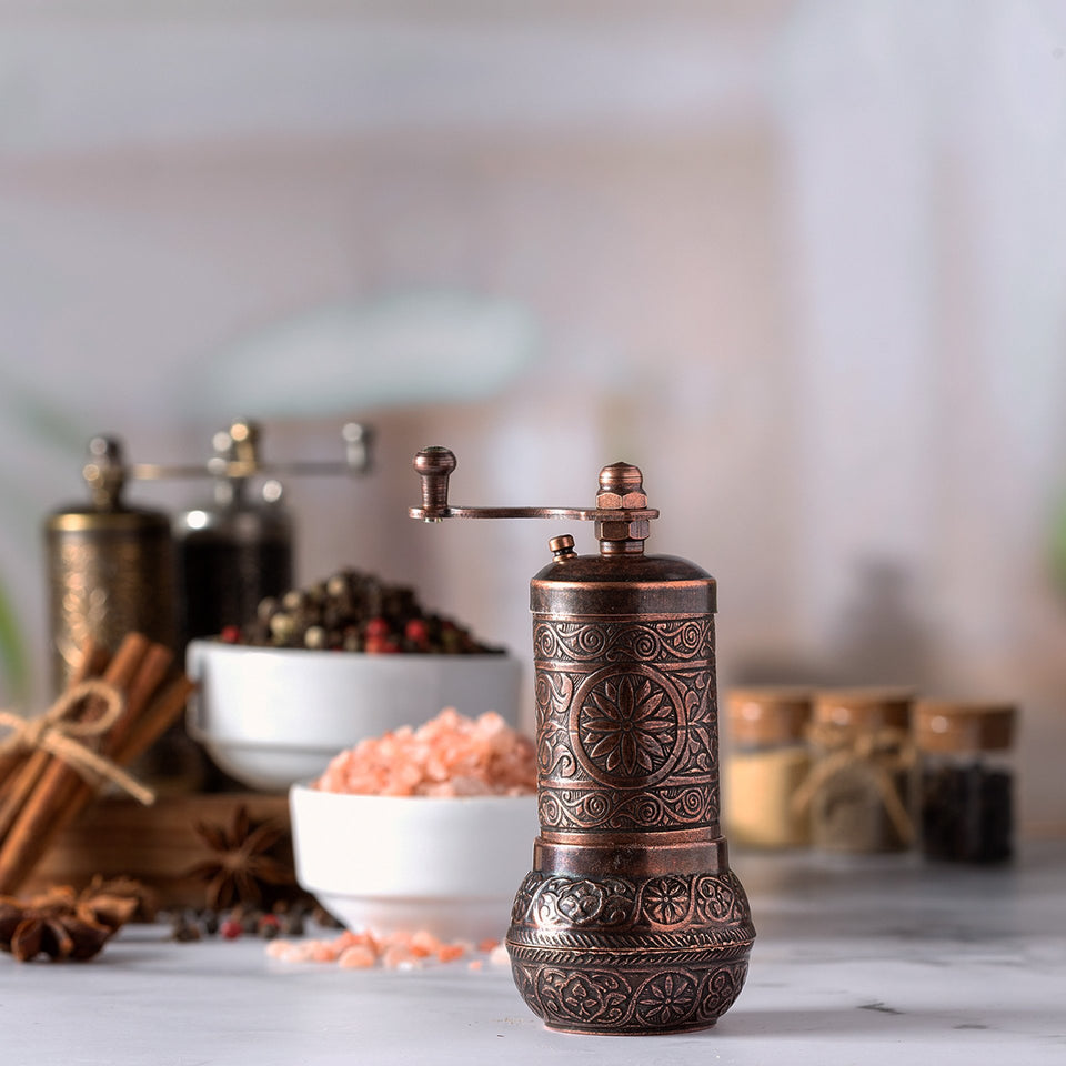 Black Pepper and Spice Grinder, Manual Pepper Mill with Handle
