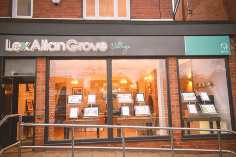window displays for estate agents