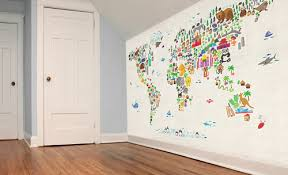 map wallpaper for children's rooms