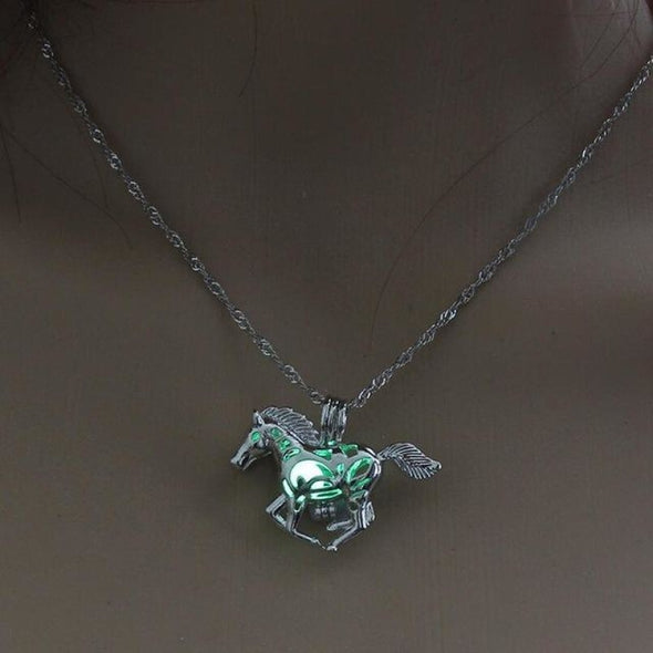 Glow In The Dark Horse Pendant Necklace - 3 Colors - Green - Jewelry Horses Necklaces