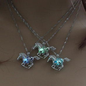 Glow In The Dark Horse Pendant Necklace - 3 Colors - Jewelry Horses Necklaces