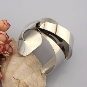 Warp Design Cuff Bracelet - Jewelux & Co.