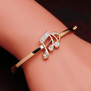 Music Note Crystal Bangle - Jewelux & Co.