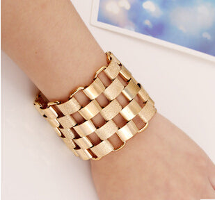Statement Cuff Bracelet - Jewelux & Co.