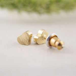 Tiny Love Heart Stud Earring - Jewelux & Co.