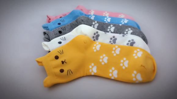 Cat Paws, 5 Pairs Cute Kittens Print Women Crew Socks