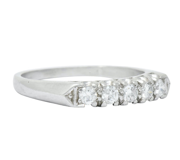 1940 Retro Round Brilliant Diamond Platinum Fishtail Band Stacking Ring Ring