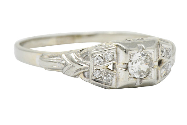 Art Deco 0.25 CTW Diamond 18 Karat White Gold Engagement Ring