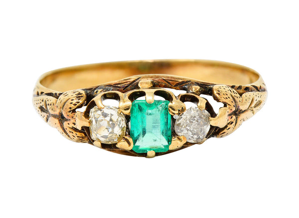 Art Nouveau 0.47 Emerald Diamond 14 Karat Gold Foliate Band Ring