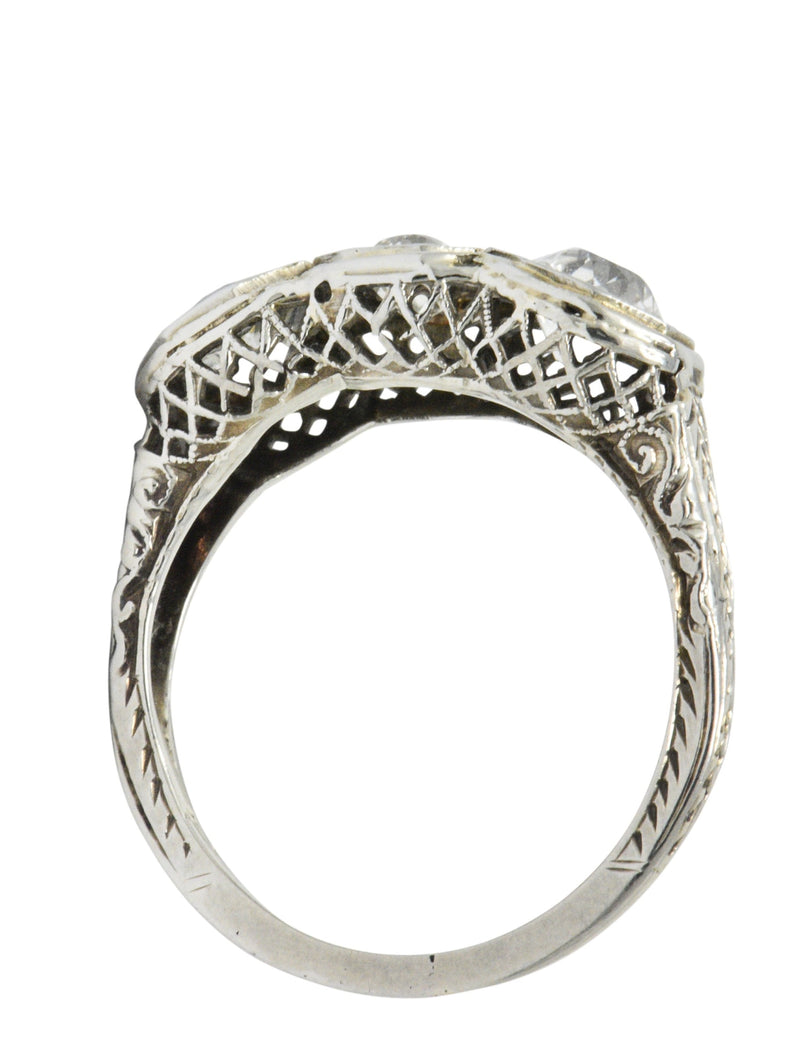 Art Deco 1.20 CTW Diamond 18 Karat White Gold 3 Stone Ring Ring Art Deco out-of-stock