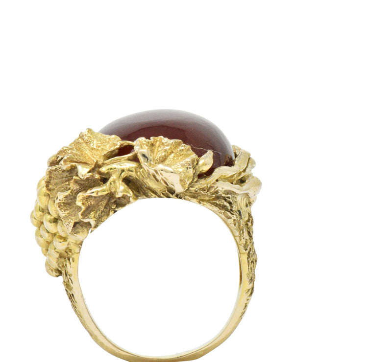 Art Nouveau Carnelian Diamond 14 Karat Gold Ring Ring