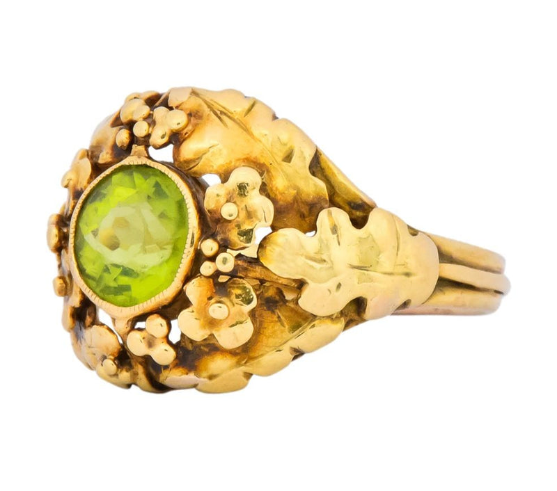 Arts & Crafts Peridot 18 Karat Gold Floral Foliate Ring - Wilson's Estate Jewelry