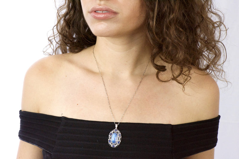 Edwardian 11.80 CTW Moonstone Sapphire Diamond Platinum Pendant Necklace Necklace