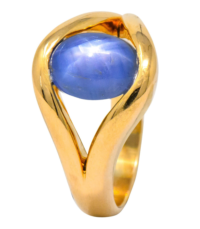Men's Vintage 6.00 CTW Star Sapphire 18 Karat Gold Ring - Wilson's Estate Jewelry