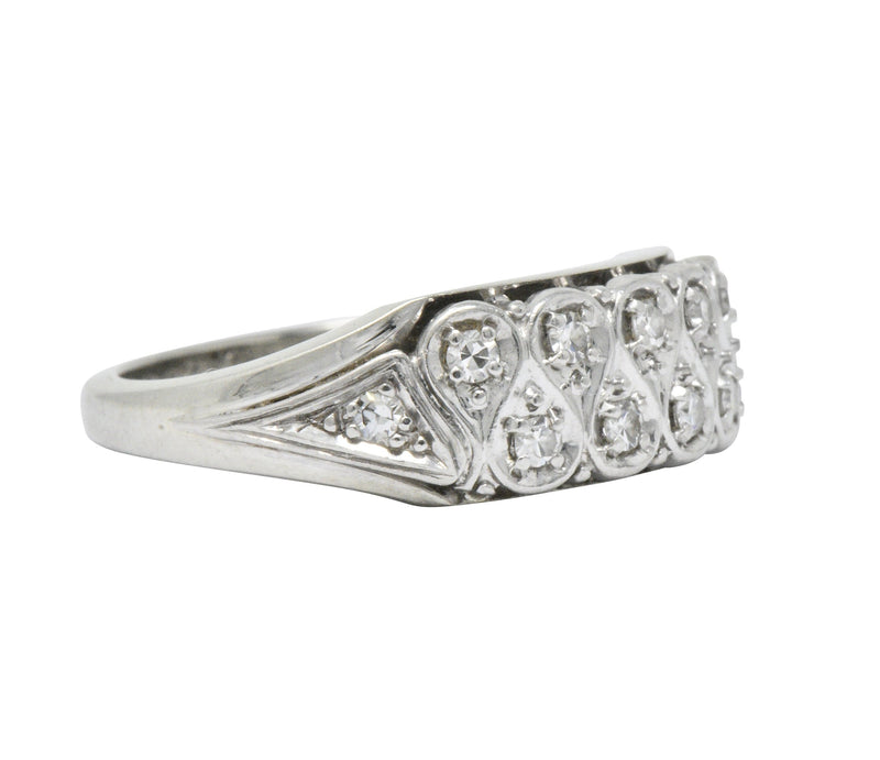 Retro 0.20 CTW Diamond 18 Karat White Gold Band Ring - Wilson's Estate Jewelry