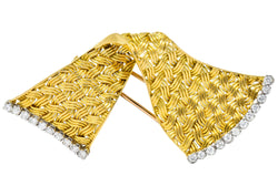 Tiffany & Co. France 0.90 CTW Diamond 18 Karat Gold Brooch Brooch