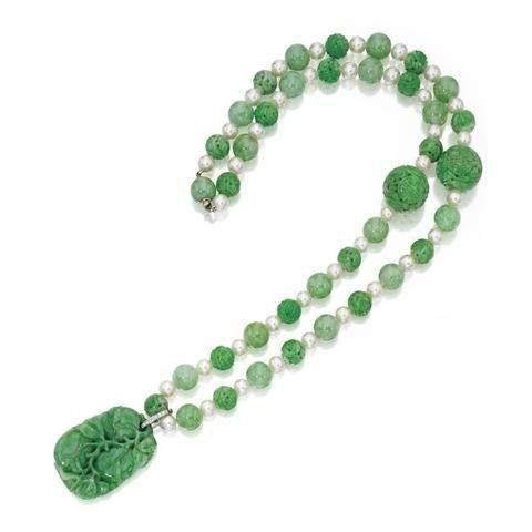 Carved Chinese Jade Bead Necklace Antique Jewelry