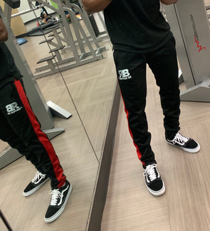 RED STRIPE SWEATPANTS - BLACK