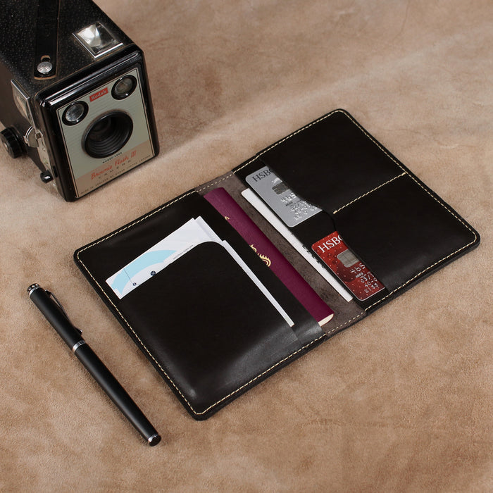 Travel Set of Leather Luggage Tag and Passport Cover with Extra Pockets
