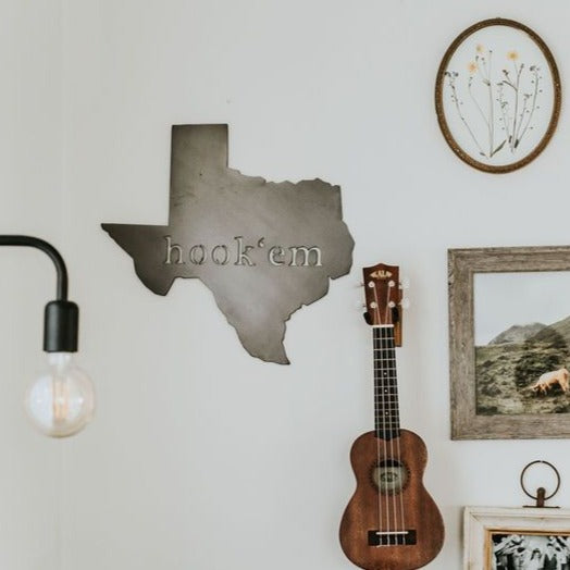Texas Hook 'Em Wall Decor