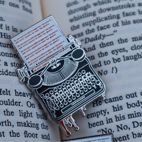 Stephen King Lovers Enamel Pin