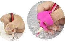 Load image into Gallery viewer, Ergonomic Training Pencil Holder - Double Thumb (3pack)