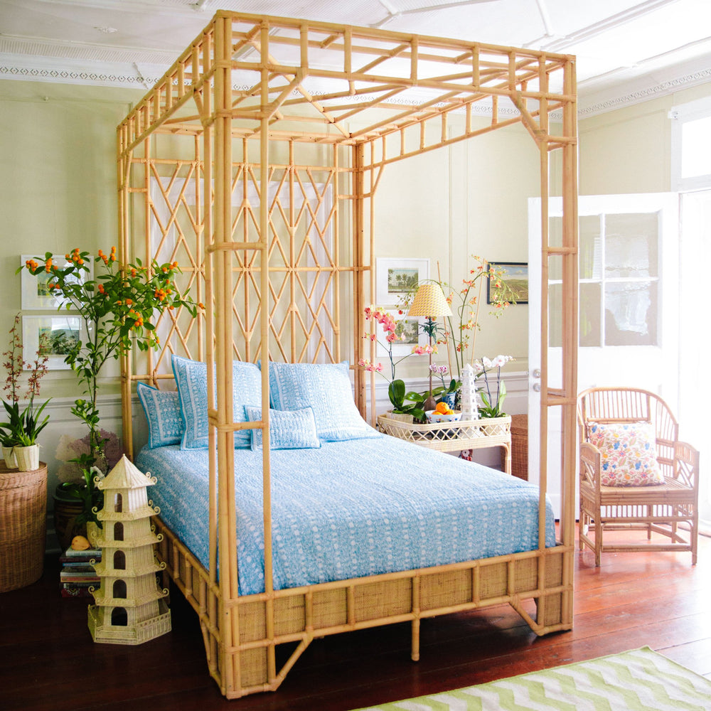paradise canopy bed queen