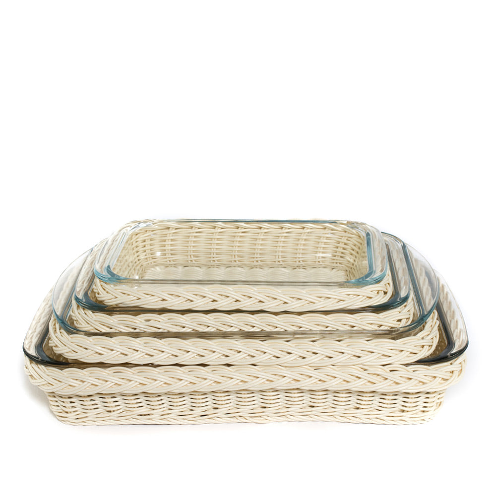 Rectangle Glass Casserole with Faux Blonde Rattan Holder