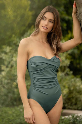 Amadora Malibu Zip One Piece