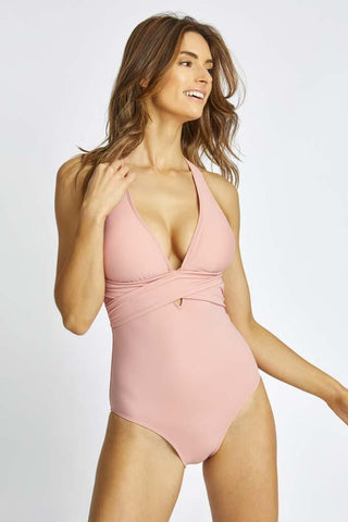 Wanderer Essential One Piece