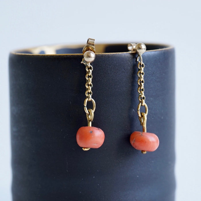 Antique Amber Beads and Gold Chain Hook Earrings.